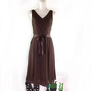 Adrianna Papell Seamed Sleeveless A-line Dress 8